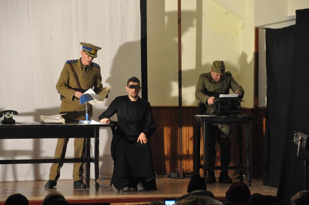 Piesa de teatru: Anton Durcovici, omul cu faţa de bronz